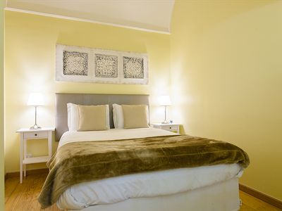 Photo for Self-isolation! 1-bedroom Apt w/fully equipped kitchen, Cathedral area
