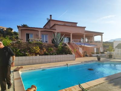 Photo for Low of villa with splendid views over the bay of Ajaccio.