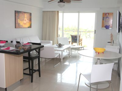 Photo for 2 Bedroom, Beachfront, Amazing Ocean View, Modern And Delightful