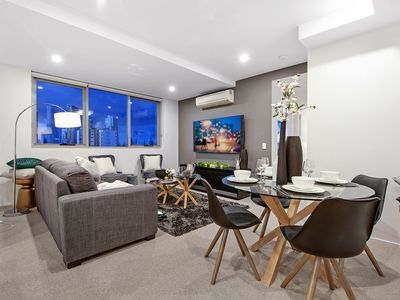 Photo for LUXURY & LOCATION! 2bed 2bath 100m to Pacific Fair and Beach