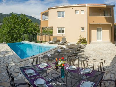 Photo for Beautiful villa with private pool near Omis