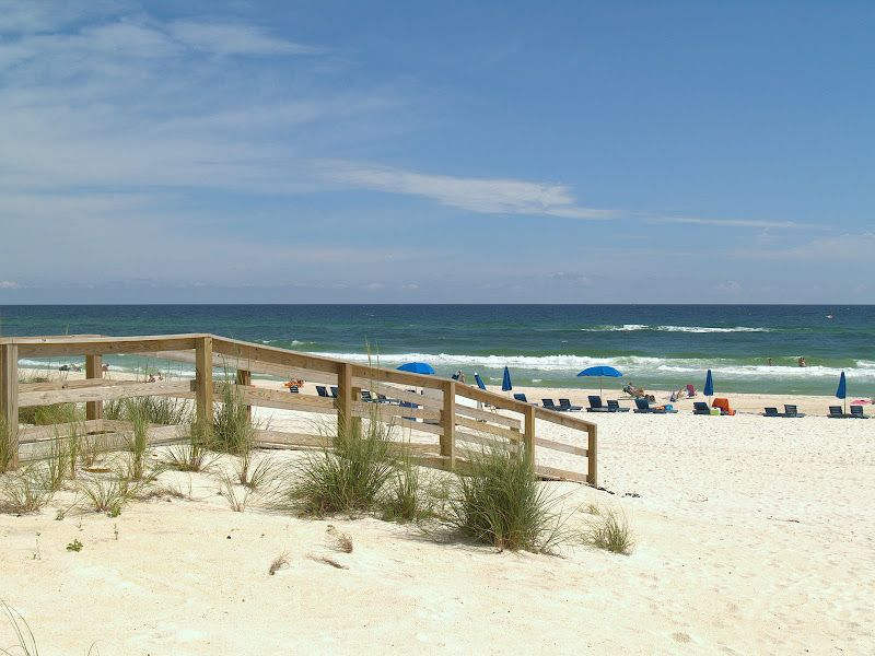 beachfront end unit book now for fall great weather no