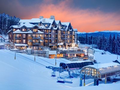Photo for Stunning Ski-in/Ski-out Luxury 2-Bedroom - Grand Colorado on Peak Eight