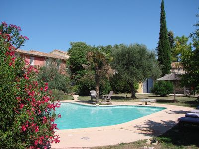 Photo for Large property of 350 m² in the Vaucluse 15+ sleeps and heated pool