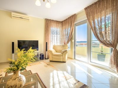 Photo for 3 bedroom apartment near the sea