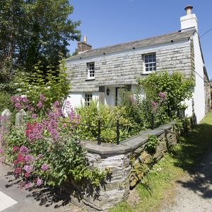 Photo for Charming Grade II Listed Cottage