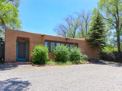 Photo for Artists Pueblo Style Home-Walking distance to Plaza