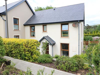 Photo for 23 MOUNTAIN VIEW in Glengarriff, County Cork, Ref 988283