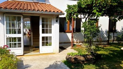 Photo for Apartment 5 km to the sea, 4 people, ground floor, outdoor furniture, free WiFi