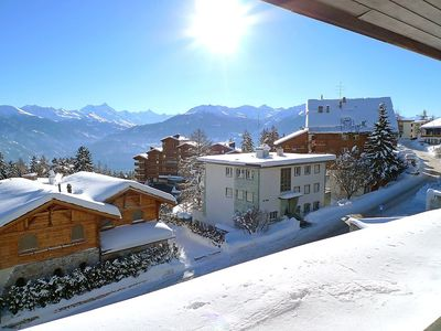 Photo for Apartment in the center of Crans-Montana with Lift, Parking, Internet, Washing machine (46185)