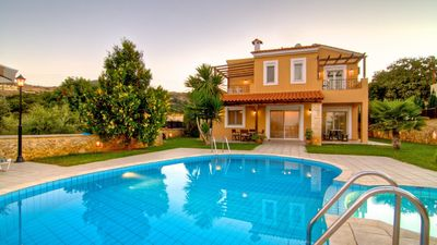 Photo for Stylish villas with pool for 6 people