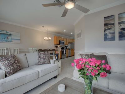 Photo for Heart of Siesta Key Village, Walk to Gulf/beach, WiFi, Heated Community Pool & Two Master Bedrooms