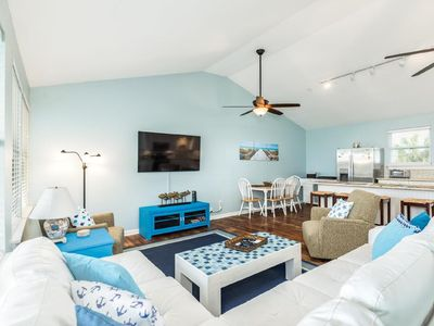 Photo for Perfection in Palm Beach, Newly Remodeled, SLEEPS 18, WALK to the BEACH!