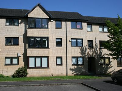 Photo for 2BR Apartment Vacation Rental in Glasgow