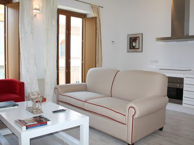 Photo for Apartment 251 m from the center of Seville with Internet, Air conditioning, Lift, Terrace (515324)