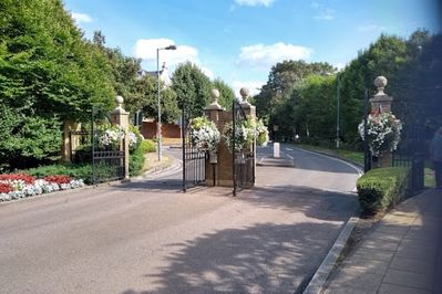 Entry into Gated Homes