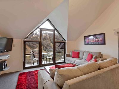 Photo for Top floor apartment with balcony and magnificent views