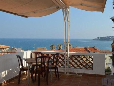 Photo for Beautifull townhouse with spetacular sea view in the waterfront distri