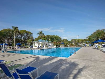 Photo for 2 Bedroom Tropical Ocean View Suites- Short Drive to Shopping, Dining, and Grocery Store