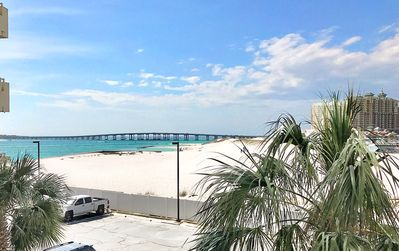 Photo for East Pass 207-2BR-Waterfront Views☀Deal!>Oct 25 to 27 $545 Total! BEACHSIDE Pool