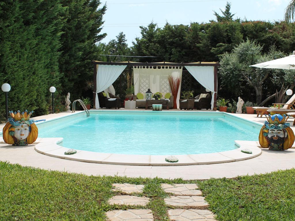Apartment With Pool Garden Solarium Siracusa Sicily
