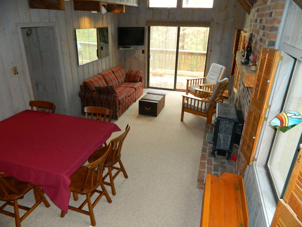 Cute Home On Chimney Hill Vrbo