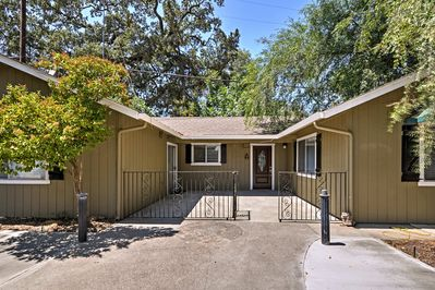 Leave you worries behind and stay at this remodeled Gilroy vacation rental home!