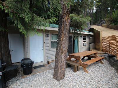 Photo for The Studio Is A Modern Comfy Studio Style Cabin Great For Couple Get Away.