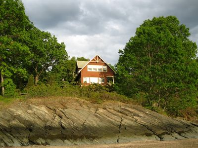 Photo for Beachfront Island Cottage with Panoramic Water Views