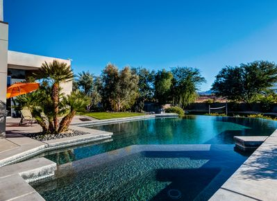 Mirage Escape | Private Infinity Pool & Hot Tub | Luxurious Outdoor Living  | Concierge Service - Rancho Mirage