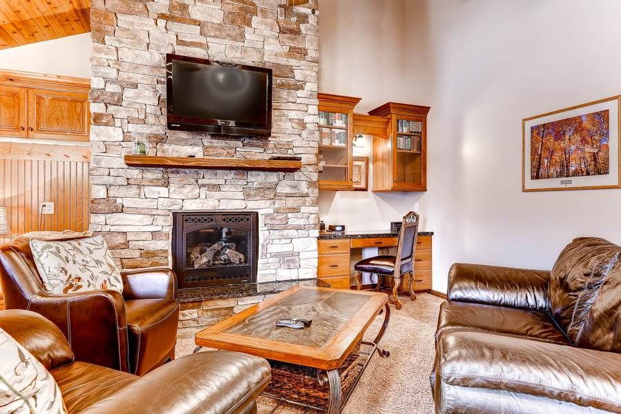 2 BR Motherlode Condo - 1 block from Main Street and Town Lift