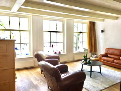 Luxurious canal view apartment in the heart of Amsterdam