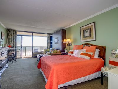 Photo for Beautiful Oceanfront Studio- Sand Dunes Resort