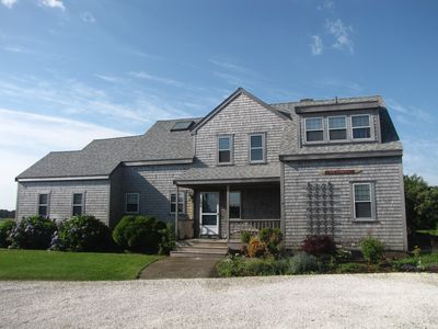 Spacious, Private and Fully-Equipped Home with Miacomet Golf Course Views