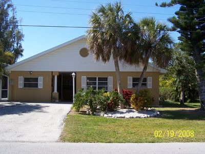 Photo for Perfect Family Vacation Home Near Beach