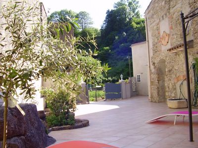 Photo for Large family cottage with terraces and jaccuzi near carcassonne