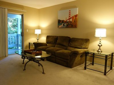 Photo for Ultra convenient 2br, 2ba with easy access to San Francisco