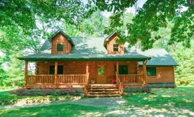 Photo for TORCH LAKE CABIN IN THE WOODS