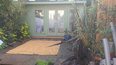 Photo for 3 Double Bedroom Garden Cottage near Wandsworth Common