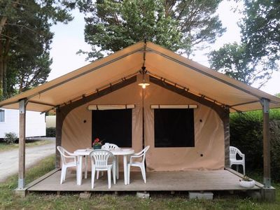 Photo for Camping L'Etang du Pays Blanc *** - Victoria Lodge 3 Rooms 6 People