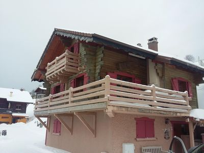 Photo for Chalet 14 people with sauna on the slopes of the Bresse Brabant