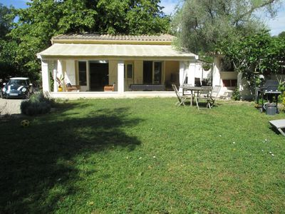 Photo for Independent house on a family property at 1,6 km from the village of Valbonne