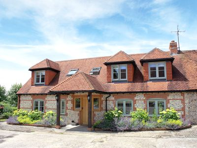 Photo for 3 bedroom accommodation in Bishops Waltham