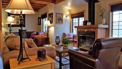 Photo for Cozy Cabin near SHARC w/ WiFi, Hot Tub, BBQ & Free Sharc Passes!