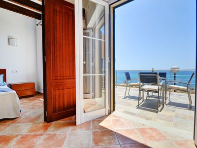 Photo for POSEIDON 2. Splendid waterfront apartment with incredible views!