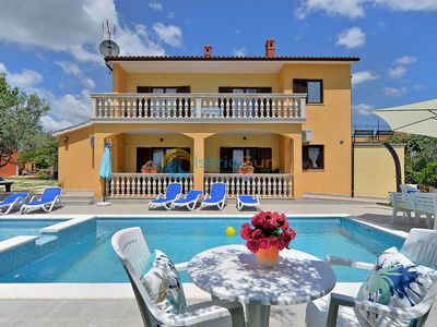Photo for Apartment 902/2100 (Istria - Vodnjan), Family holiday, 4500m from the beach