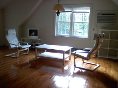 Photo for Quiet apartment, steps to Woodstock Village
