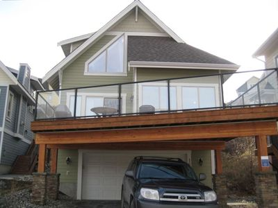 Photo for Luxury Lake View Cottage at La Casa Resort Kelowna