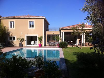 Photo for Modern luxury villa fully air conditioned with pool in Pernes-les-Fonta