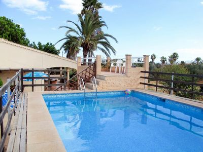 Photo for Beautiful apartment for 8 guests with WIFI, private pool, TV, pets allowed and parking